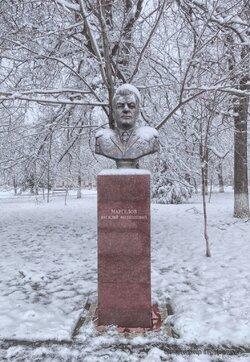 Бюсты в Парке Победы - Белореченск (3).jpg