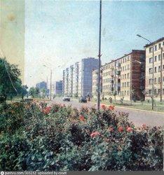 Белореченск. Улица Ленина 1978—1981 От универмага в сторону центрального парка..jpg