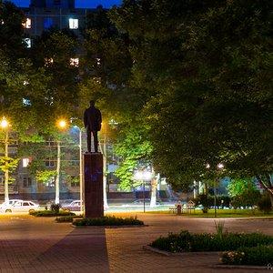 Central-Park-2017-06-28 Lenin